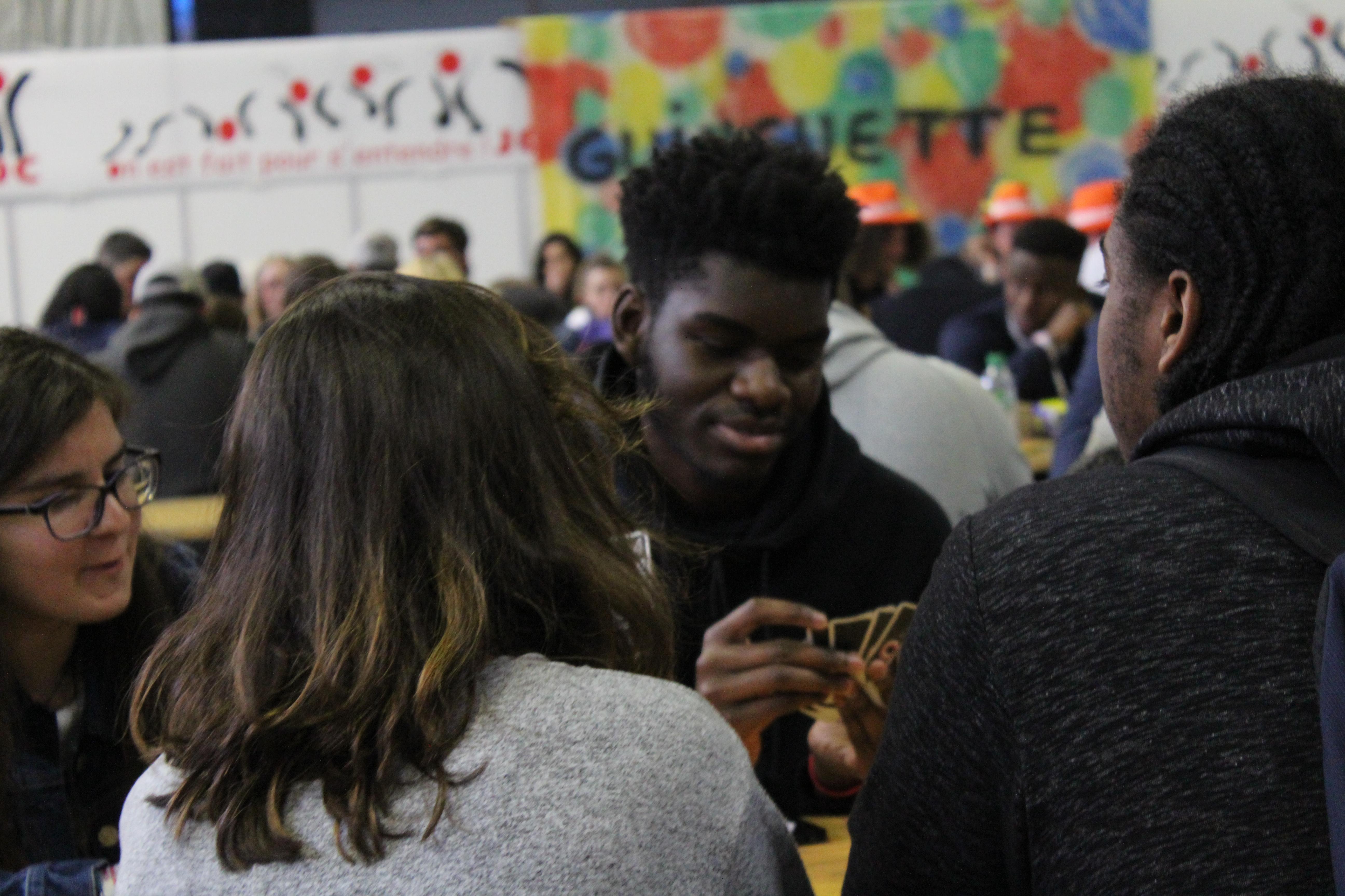 Favoriser l'engagement des jeunes dans une démarche d'éducation populaire en valorisant le bénévolat et en reconnaissant les compétences acquises - Jeunesse Ouvrière Chrétienne